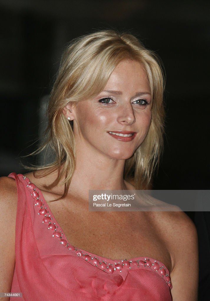 Charlene Wittstock arrives to attend the Gala dinner of the Monaco Formula One Grand Prix at the Monte Carlo sporting on May 27, 2007 in Monaco.