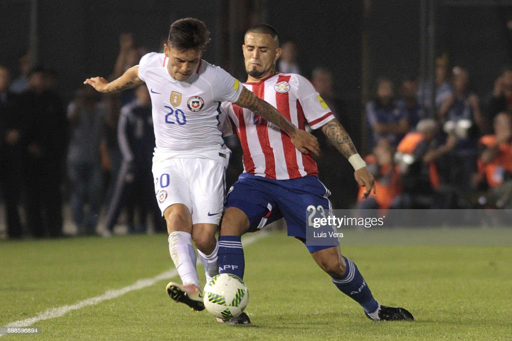 Paraguay v Chile - FIFA 2018 World Cup Qualifiers