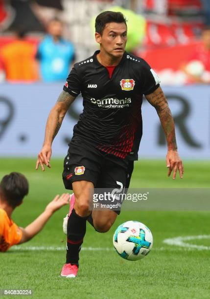 Charles Aranguiz of Leverkusen controls the ball during the Bundesliga match between Bayer 04 Leverkusen and TSG 1899 Hoffenheim at BayArena on...