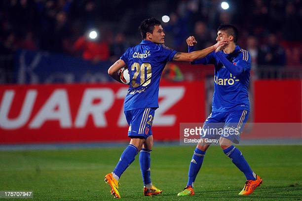 Charles Aranguiz of U de Chile celebrates a scored goal against Real Potosi during a match between U de Chile and Real Potosí as part of the Copa...