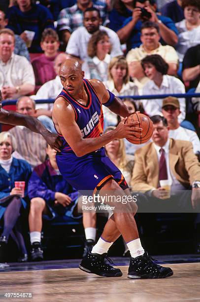 Charles Barkley of the Phoenix Suns posts up against the Sacramento Kings circa 1995 at Arco Arena in Sacramento California NOTE TO USER User...
