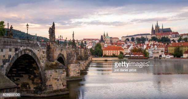 Charles Bridge, Puente Carlos, St. Vitus Cathedral, Prague, Czechia