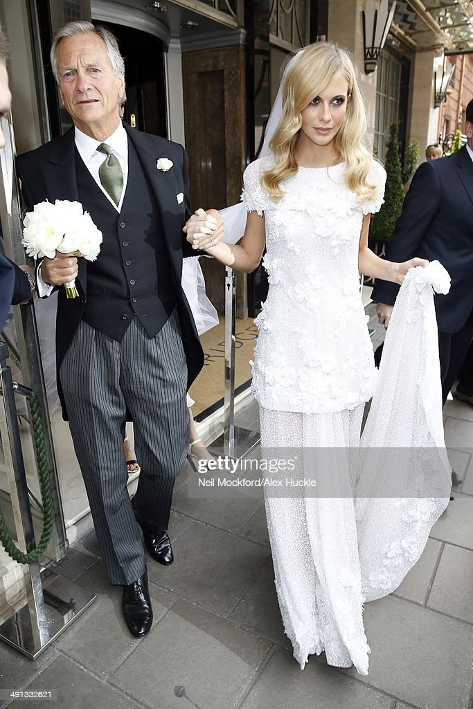 Nicky Hilton shares wedding photo to celebrate one-week ...