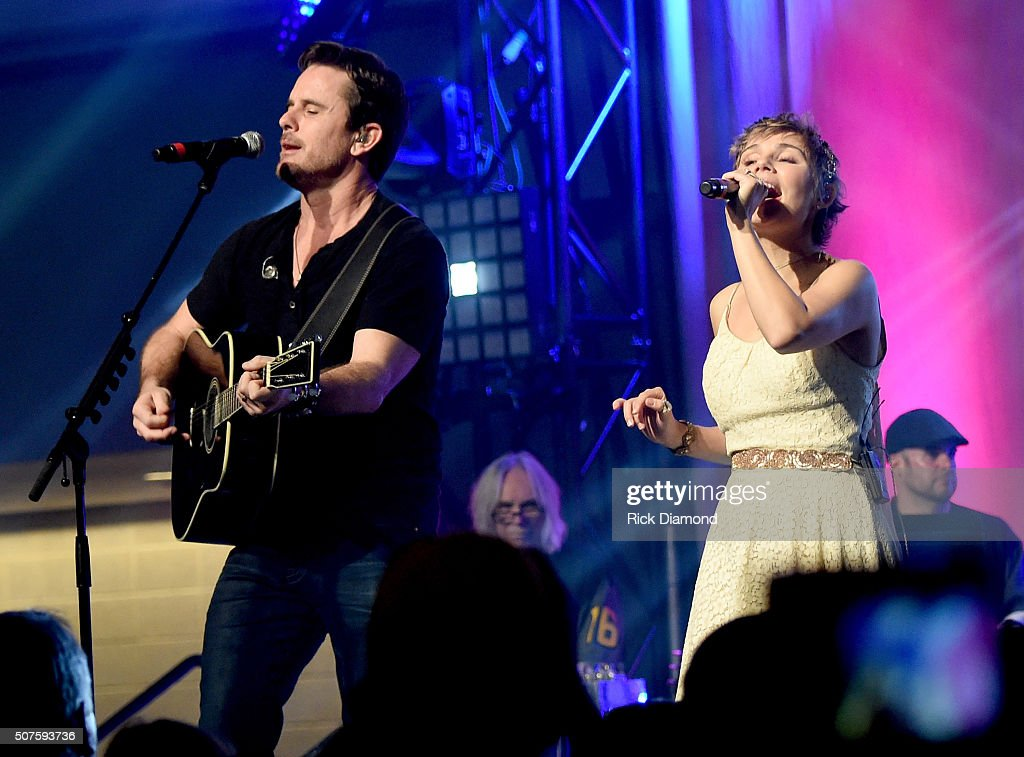 Charles Esten and Clare Bowen of ABC's 'Nashville' perform onstage during the 2016 NHL AllStar Fan Fair Day 3 on January 30 2016 in Nashville...