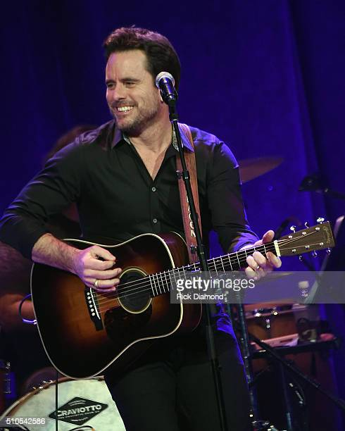 Charles Esten performs during 'Nashville for Africa' a Benefit for the African Childrens Choir at the Ryman Auditorium on February 15 2016 in...