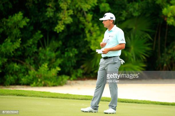 Charles Howell III of the United States prepares to putt on the 16th green during the final round of the OHL Classic at Mayakoba on November 12 2017...