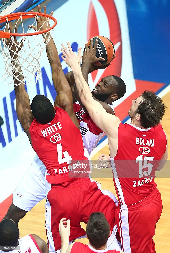 Charles Jenkins #22 of EA7 Emporio Armani Milan competes with Miro Bilan #15 of Cedevita Zagreb during the Turkish Airlines Euroleague Basketball...