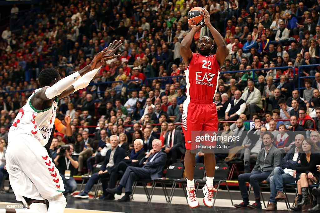 Charles Jenkins #22 of EA7 Emporio Armani Milan in action during the Turkish Airlines Euroleague Basketball Regular Season Date 1 game EA7 Emporio...