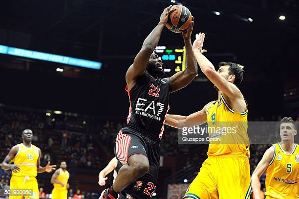 Charles Jenkins #22 of EA7 Emporio Armani Milan in action during the Turkish Airlines Euroleague Basketball Regular Season Round 10 game between EA7...