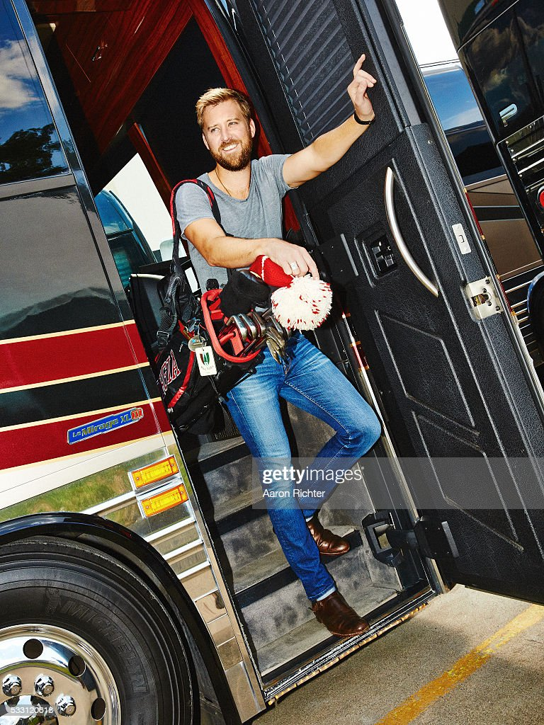 Charles Kelley of Lady Antebellum is photographed for Golf Digest in August 2015 at the Xfinity Theater in Hartford, Connecticut. PUBLISHED