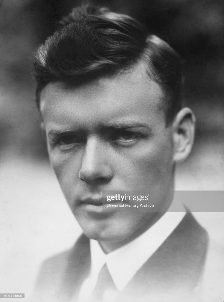 """fallen hero charles lindbergh """"a fallen hero"""" there have been many tragic heroes throughout our literature history these characters are very common and are in various literature documents, but what really is a tragic hero."""