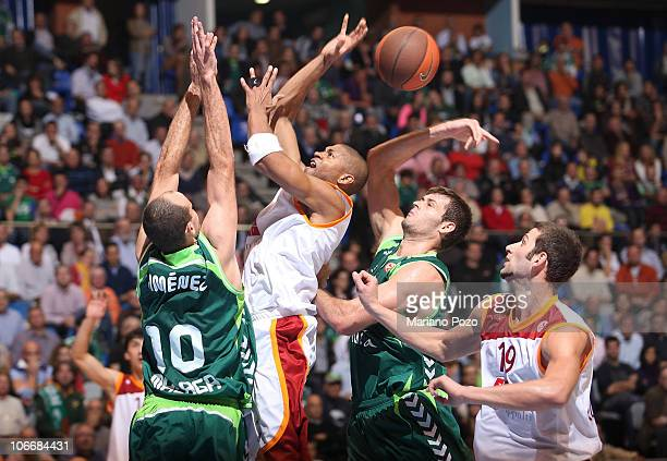 Charles Smith #7 of Virtus Roma in action during the Turkish Airlines Euroleague Day 4 game between Unicaja vs Virtus Roma at Palacio de Deportes...