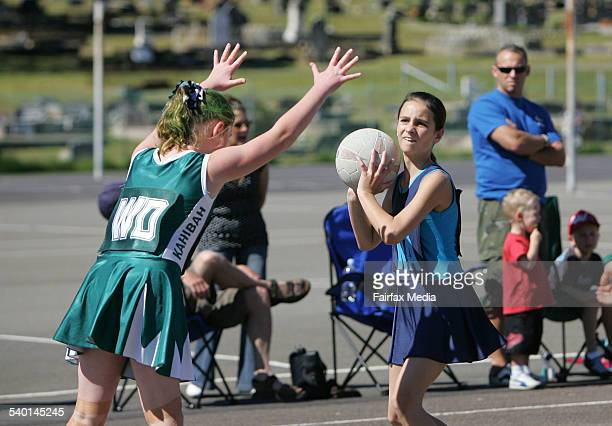 Charlestown Netball courts junior netball finals Kahibah Kyotes V Dudley Redhead Waves 2 August 2006 NCH Picture by DEAN OSLAND