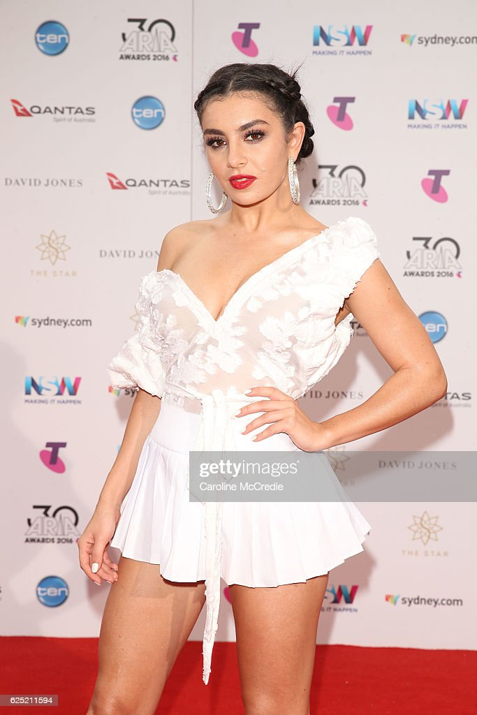 30th Annual ARIA Awards 2016 - Arrivals : News Photo