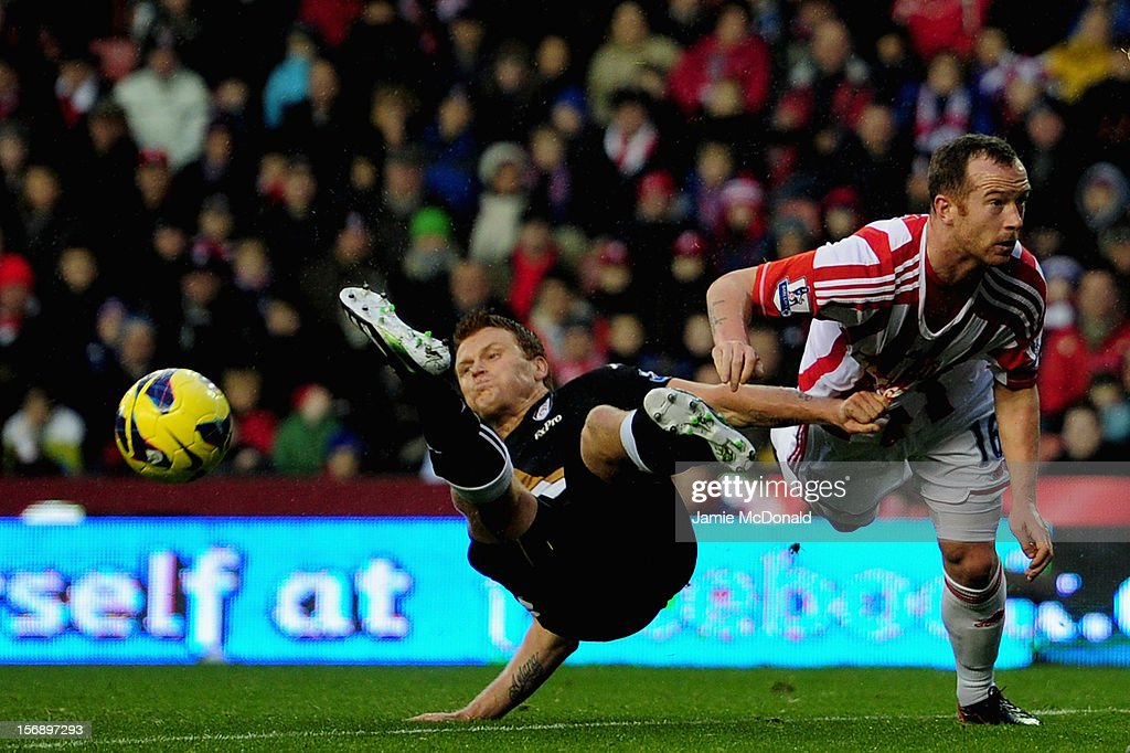 Stoke City v Fulham - Premier League