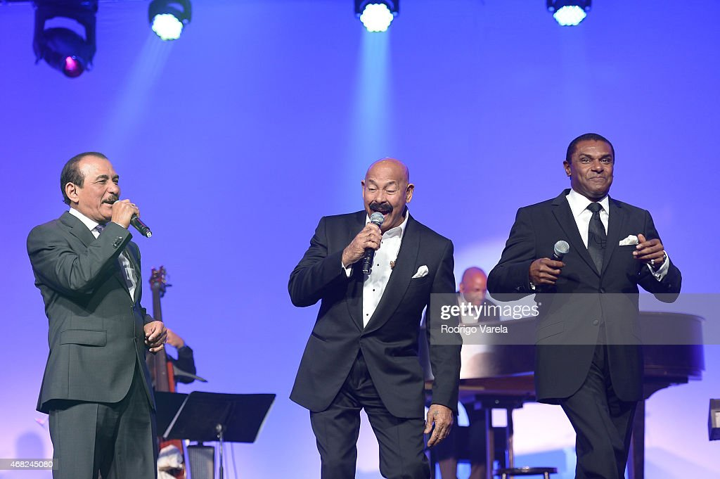 Charlie Aponte, Oscar D'Leon and Jose Alberto perform onstage at BMI's 22nd Annual Latin Music Awards at Fountainbleau Miami Beach on March 31, 2015 in Miami Beach, Florida.