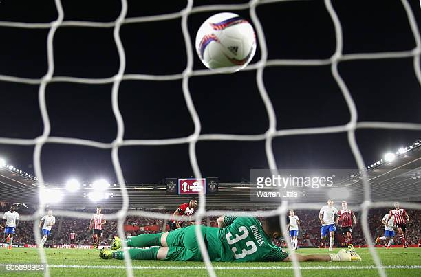 Charlie Austin of Southampton scores his sides first goal from the penalty spot during the UEFA Europa League Group K match between Southampton FC...