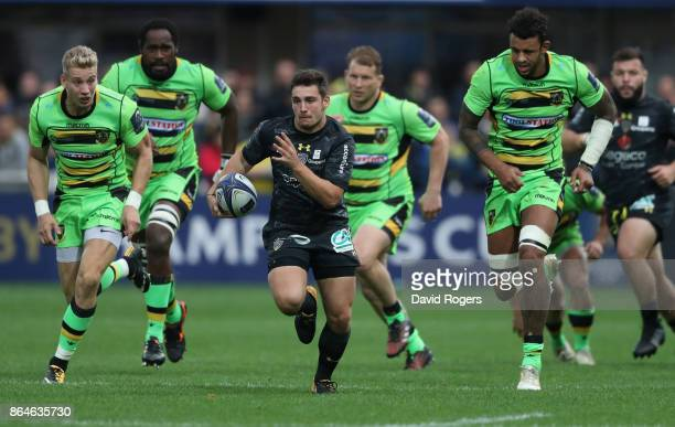 Charlie Cassang of Clermont Auvergen breaks clear to score their third try during the European Rugby Champions Cup match between ASM Clermont...