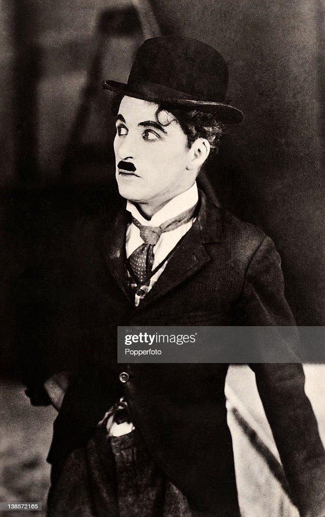 <a gi-track='captionPersonalityLinkClicked' href=/galleries/search?phrase=Charlie+Chaplin&family=editorial&specificpeople=70006 ng-click='$event.stopPropagation()'>Charlie Chaplin</a>, actor, circa 1910.