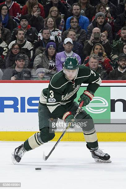Charlie Coyle of the Minnesota Wild controls the puck against the Montreal Canadiens during the second period of the game on January 12 2017 at Xcel...