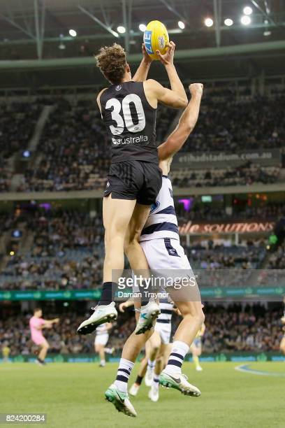 Charlie Curnow of the Blues marks the ball during the round 19 AFL match between the Carlton Blues and the Geelong Cats at Etihad Stadium on July 29...