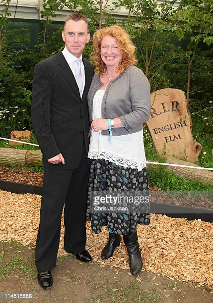 Charlie Dimmock and Gary Rhodes during Chelsea Flower Show Press and VIP Day on May 23 2011 in London England