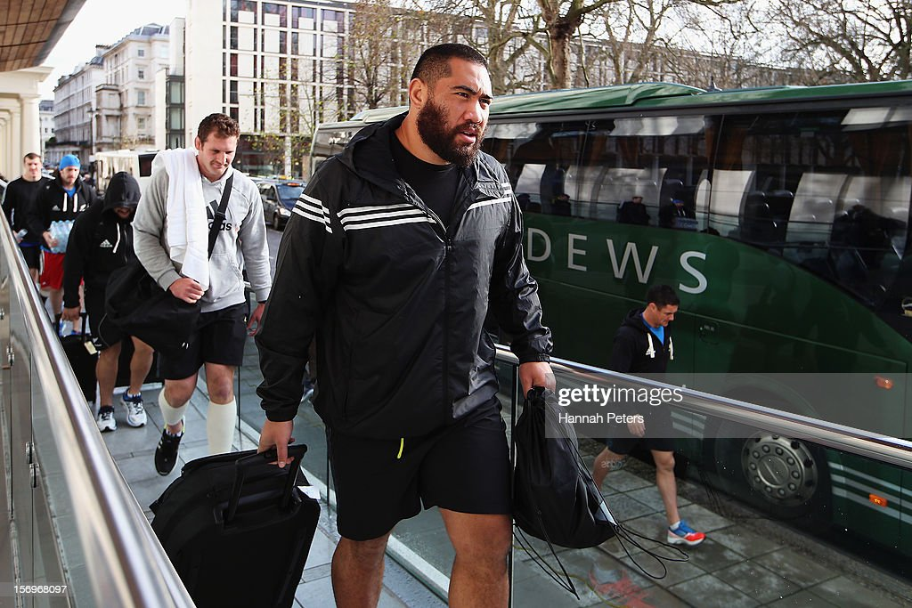 Charlie Faumuina of the All Blacks arrives for a recovery session at the Imperial College on November 26, 2012 in London, England.