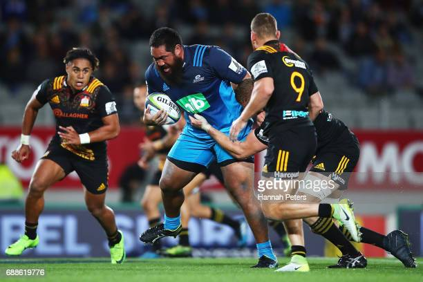 Charlie Faumuina of the Blues charges forward during the round 14 Super Rugby match between the Blues and the Chiefs and Eden Park on May 26 2017 in...