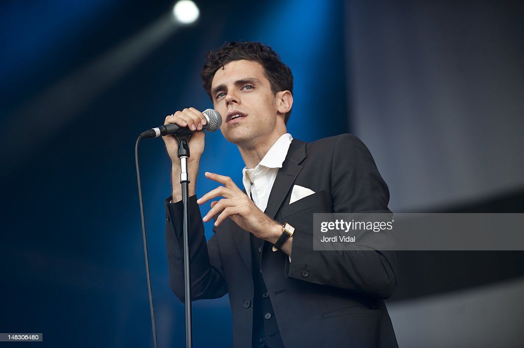 <a gi-track='captionPersonalityLinkClicked' href=/galleries/search?phrase=Charlie+Fink&family=editorial&specificpeople=5441288 ng-click='$event.stopPropagation()'>Charlie Fink</a> of Noah and the Whale performs on stage during BBK Live at Kobetamendi on July 13, 2012 in Bilbao, Spain.