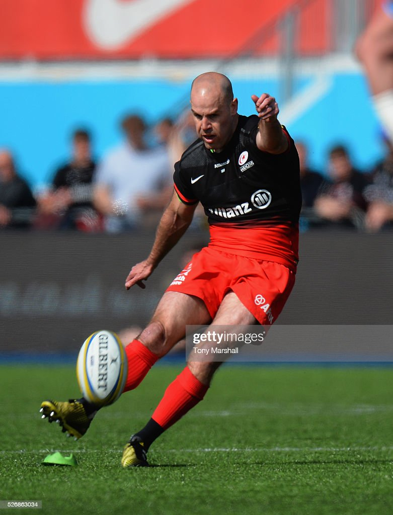 <a gi-track='captionPersonalityLinkClicked' href=/galleries/search?phrase=Charlie+Hodgson&family=editorial&specificpeople=202536 ng-click='$event.stopPropagation()'>Charlie Hodgson</a> of Saracens takes a penaty kick during the Aviva Premiership match between Saracens and Newcastle Falcons at Allianz Park on May 1, 2016 in Barnet, England.