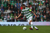 Charlie Mulgrew of Celtic controls the ball during the Scottish Premiership League Match between Celtic and Dundee United at Celtic Park on August 16...
