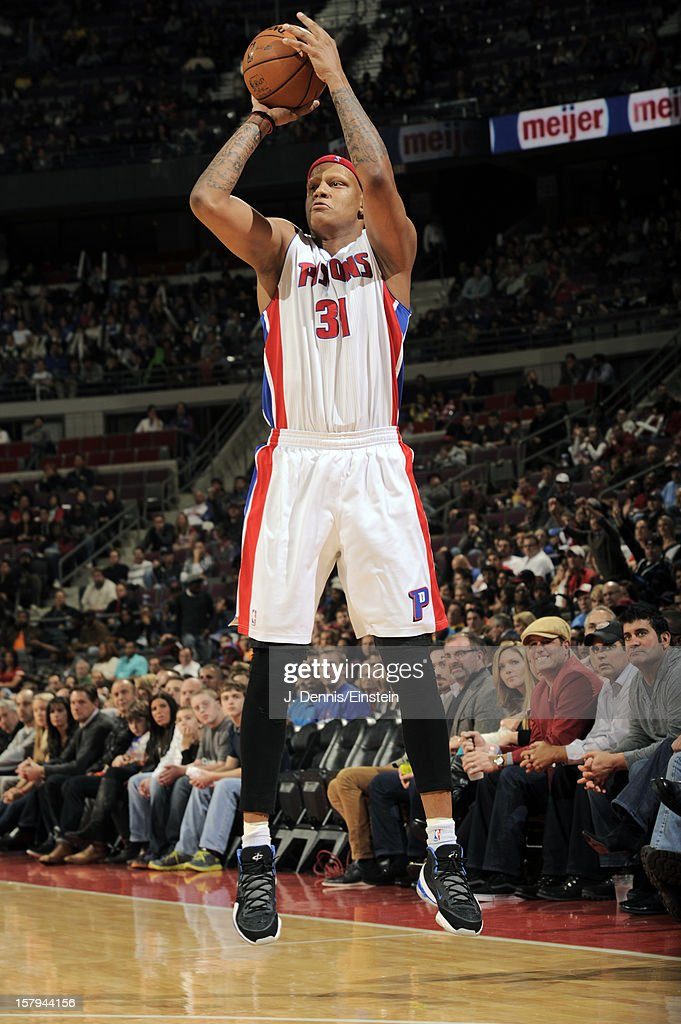 <a gi-track='captionPersonalityLinkClicked' href=/galleries/search?phrase=Charlie+Villanueva&family=editorial&specificpeople=215189 ng-click='$event.stopPropagation()'>Charlie Villanueva</a> #31 of the Detroit Pistons shoots against the Chicago Bulls on December 7, 2012 at The Palace of Auburn Hills in Auburn Hills, Michigan.
