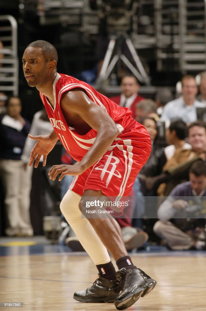 Charlie Ward #17 of the Houston Rockets is seen on the court during the game against the Los Angeles Clippers at Staples Center on November 20, 2004 in Los Angeles, California. The Rockets won in overtime 91-86.
