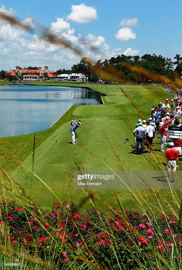 <a gi-track='captionPersonalityLinkClicked' href=/galleries/search?phrase=Charlie+Wi&family=editorial&specificpeople=678470 ng-click='$event.stopPropagation()'>Charlie Wi</a> of South Korea hits his tee shot on the 18th hole during the second round of THE PLAYERS Championship held at THE PLAYERS Stadium course at TPC Sawgrass on May 11, 2012 in Ponte Vedra Beach, Florida.