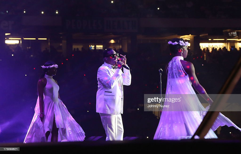 Charlie Wilson performs during the 2013 Essence Festival at the Mercedes-Benz Superdome on July 6, 2013 in New Orleans, Louisiana.