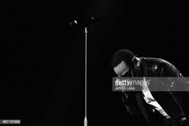 Charlie Wilson performs on stage at Hard Rock Live in the Seminole Hard Rock Hotel Casino on May 11 2017 in Hollywood Florida