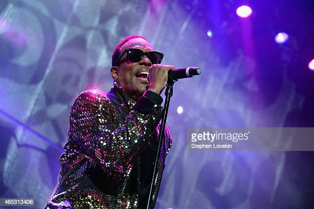 Charlie Wilson performs onstage at Barclays Center of Brooklyn on March 5 2015 in New York City