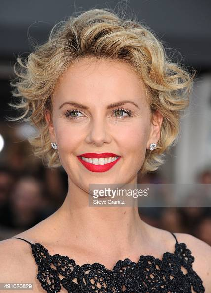 Charlize Theron arrives at the 'A Million Ways To Die In The West' Los Angeles Premiere at Regency Village Theatre on May 15 2014 in Westwood...