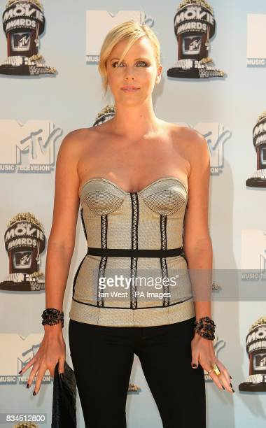 Charlize Theron arriving at the 2008 MTV Movie Awards Universal Studios Los Angeles