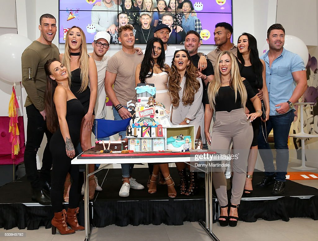<a gi-track='captionPersonalityLinkClicked' href=/galleries/search?phrase=Charlotte+Crosby&family=editorial&specificpeople=9197610 ng-click='$event.stopPropagation()'>Charlotte Crosby</a>, <a gi-track='captionPersonalityLinkClicked' href=/galleries/search?phrase=Holly+Hagan&family=editorial&specificpeople=7801727 ng-click='$event.stopPropagation()'>Holly Hagan</a>, Chloe Etherington, Chantelle Connelly, Marnie Simpson, Aaron Chalmers, Sophie Kasaei, Nathan Henry, Scott Timlin, Marty McKenna, James Tindale and Dan Thomas-Tuck of Geordie Shore celebrate their fifth birthday at MTV London on May 24, 2016 in London, England.