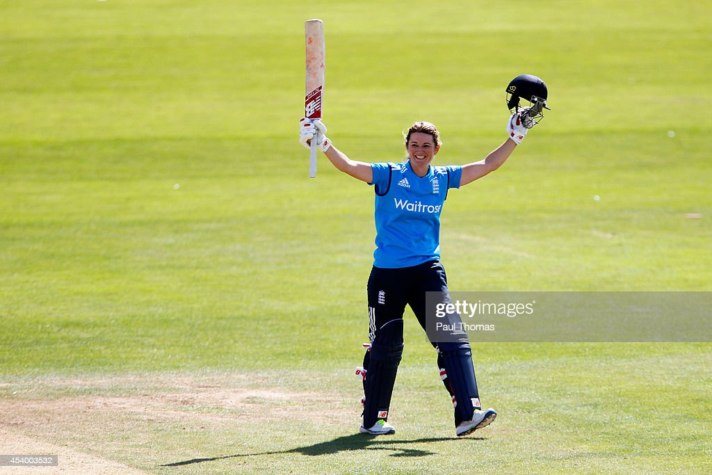 <a gi-track='captionPersonalityLinkClicked' href=/galleries/search?phrase=Charlotte+Edwards&family=editorial&specificpeople=618915 ng-click='$event.stopPropagation()'>Charlotte Edwards</a> of England celebrates reaching 100 runs during the 2nd Royal London ODI between England and India at North Marine Road on August 23, 2014 in Scarborough, England.