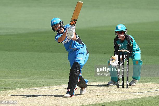 Charlotte Edwards of the Strikers bats during the Women's Big Bash League match between the Brisbane Heat and the Adelaide Strikers at The Gabba on...