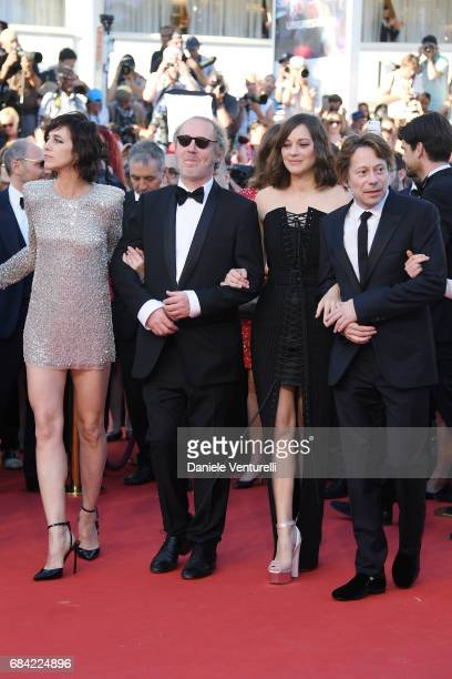 Charlotte Gainsbourg director Arnaud Desplechin Marion Cotillard and Mathieu Amalric attend the 'Ismael's Ghosts ' screening and Opening Gala during...