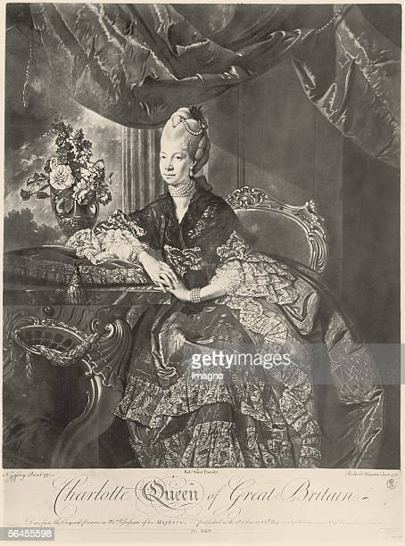 Charlotte Sophie Queen of England wife of King George III Etching by Houston Richard around 1771 [Charlotte Sophie Koenigin von England Gemahlin...