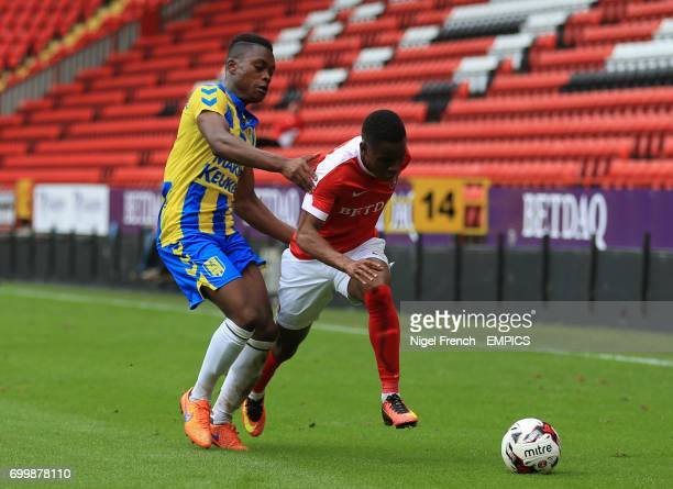 Charlton Athletic's Ademola Lookman and RKC Waalwijk's Gigli Ndefe battle for the ball