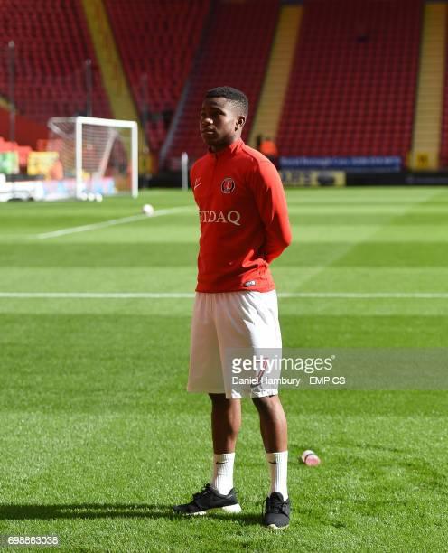 Charlton Athletic's Ademola Lookman prior to kick off