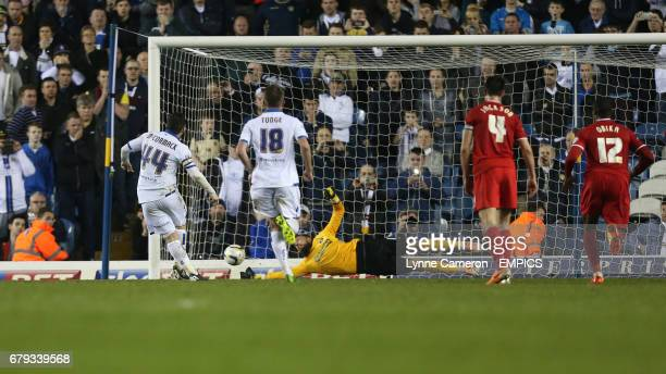 Charlton Athletic's Ben Hamer saves a penalty from Leeds United's Ross McCormack
