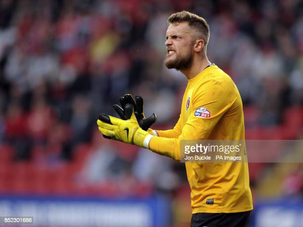 Charlton Athletic's Ben Hamer urges his defence on during the Sky Bet Championship match at The Valley Charlton