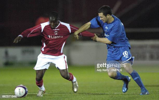 Charlton Athletic's Danny Uchechi and Millwall's Ross Gaynor
