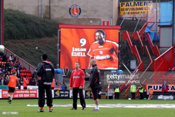 Charlton Athletic's Jason Euell warms up in front of a picture of himself on the new Jumbotron screen at the Valley